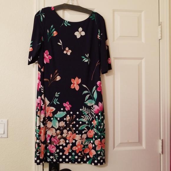 eliza jane Dresses & Skirts - Eliza J at her best dress